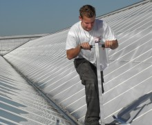 Roof glider