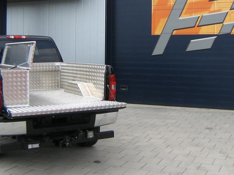 Pick-up bekleding aluminium