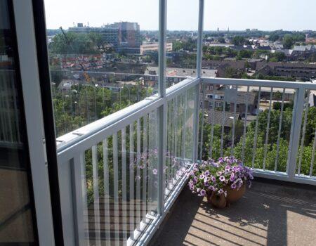 Balkonscherm tegen hekwerk