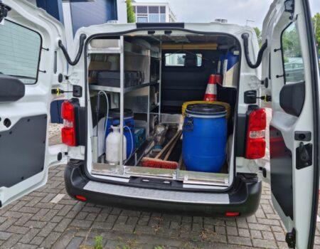 Inrichting reinigingswagen voor