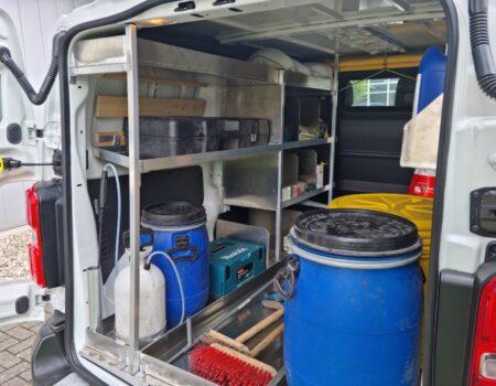 Inrichting reinigingswagen links